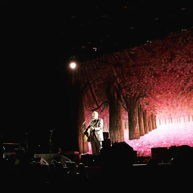 Smashing Pumpkins at the Ryman. Incredible, of course. #nashville #billycorgan #inplainsong
